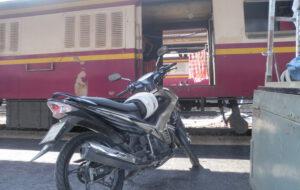 บริการรถไฟส่งรถจักรยานยนต์